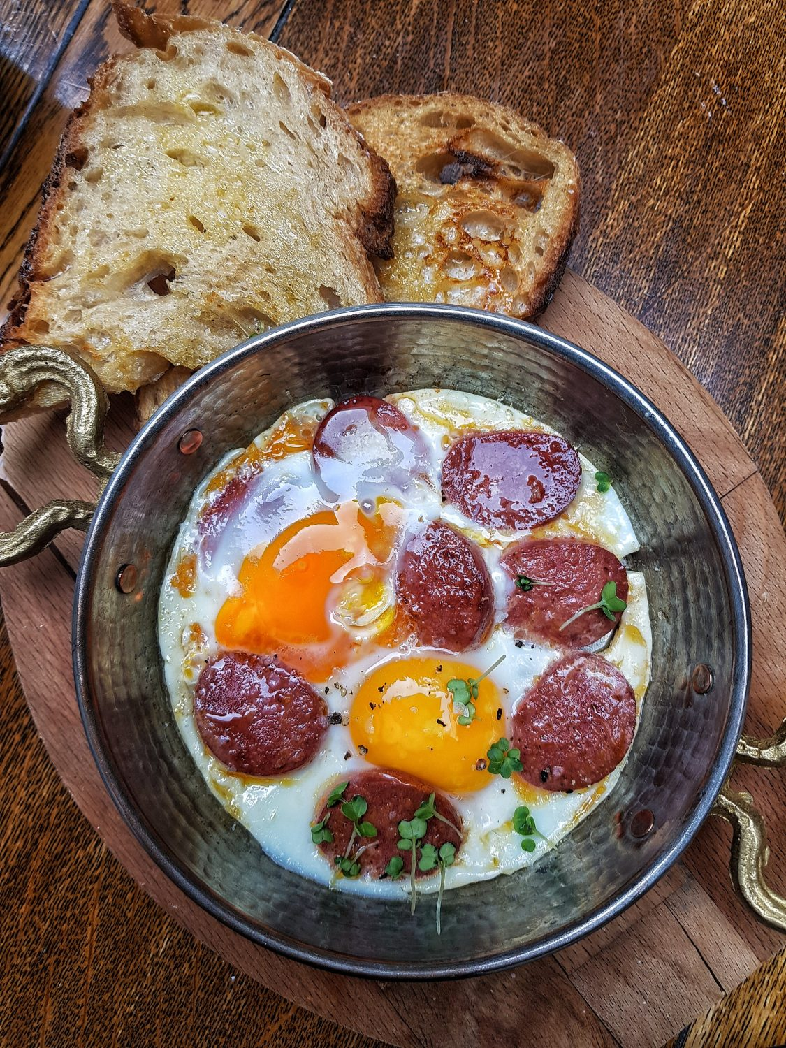 Sucuklu Yumurta aka sunny side eggs with Turkish Sausage